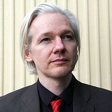 Why is Wikileaks' Julian Assange Asking Obama for Help?