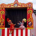"The ""De Facto"" Puppet"