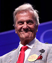 Pat Boone Predicts Obama Birth Certificate Announcement Will Come in September