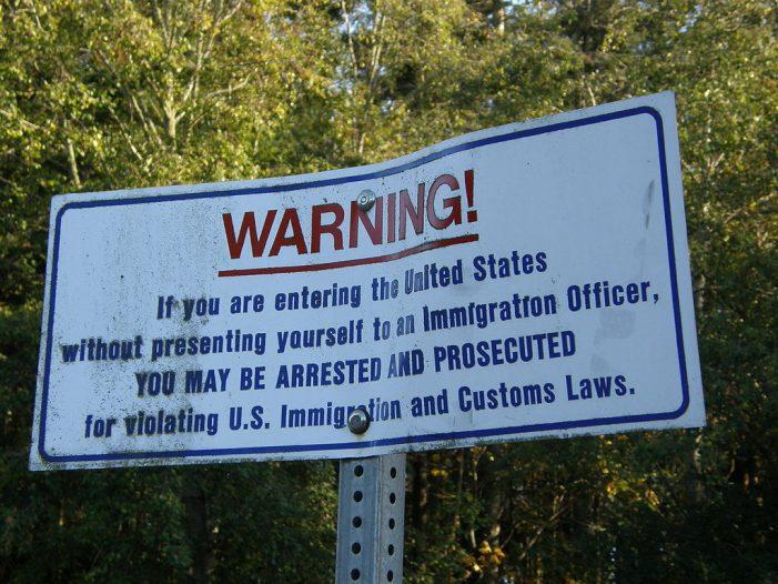 """Obama Using Radical """"Cloward-Piven Maneuver to Create Chaos at the Border"""" pb"""